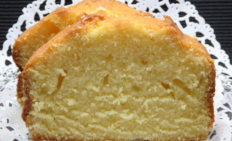 ホームベーカリーで焼くバターケーキ